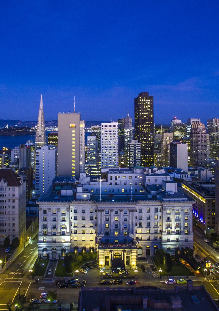 Beautiful skyline view of the Fairmont San Francisco #NightLife #SF #Fairmont #Travel #Luxury