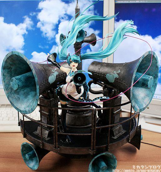 Miku Hatsune ~ Love is War DX ver.