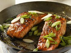 Lachs mit Honig und Balsamessig - smarter - Kalorien: 290 Kcal - Zeit: 30 Min. | eatsmarter.de