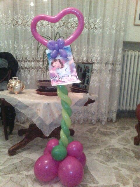 Sculture di palloncini tema violetta