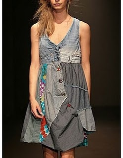 Use old jeans to make this.I would use reg fabric on the bottom instead ,a floral or polka dot print would be cute