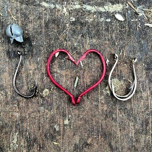 Couples Session - I Love You in Fishing Hooks (Laurie)