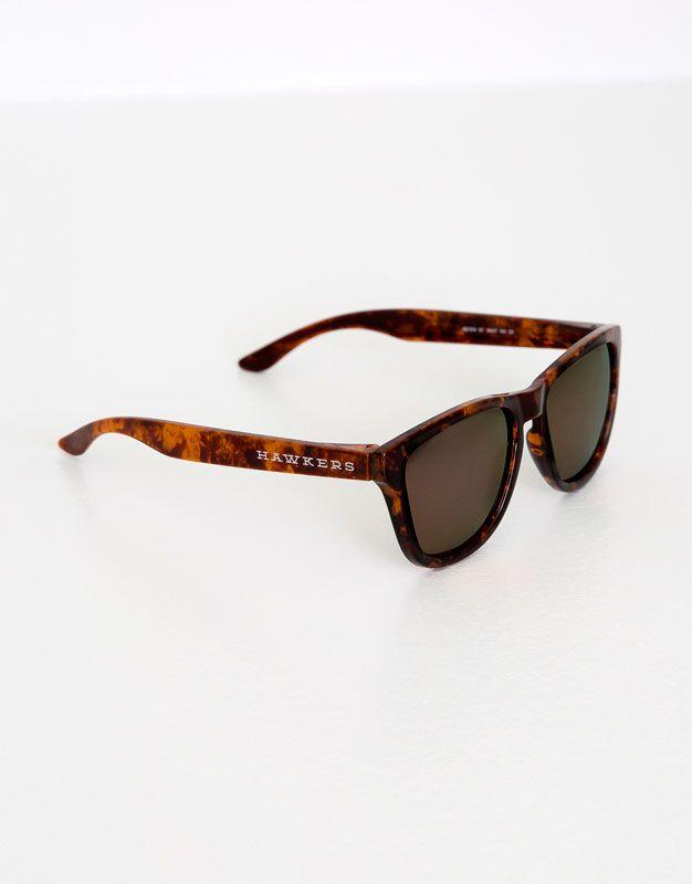 :Rogowe okulary przeciwsłoneczne hawkers dark one