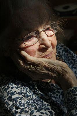 Hacia una vida mejor : Carta de despedida a mi Madre, victima de Alzheime...