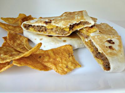 Fast Food Fixation: Homemade Doritos Crunch WrapEasy Recipe, Ground Beef, Chips Dips, Crunches Wraps, Doritos Crunches, Fast Food, Homemade Doritos, Food Fixation, Dinner Recipe