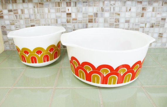 Rare Pair of Pyrex Mod casserole dishes