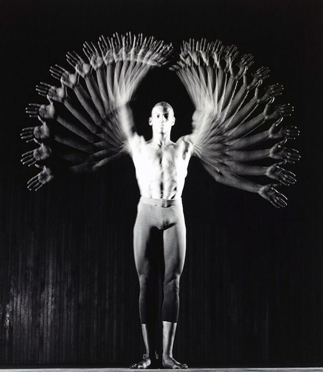 Vintage Strobe Light Photographs Are A Beautiful Anatomy of Motion | The Creators Project