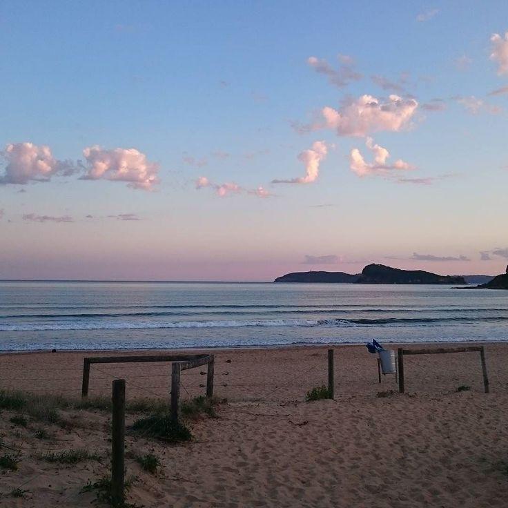 #uminabeach #beachlife #coastlocal #neonwaveaus