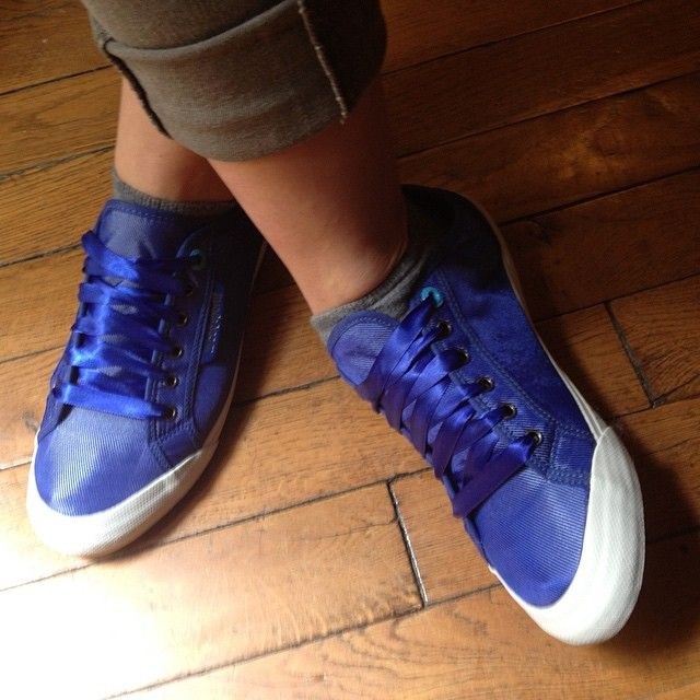 #lecoqsportif Le Coq Sportif satin bleu