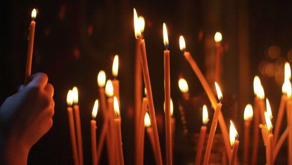 где и когда пройдут поминальные службы Ежегодно в Беларуси отмечается День памяти, который в народе называют Осенними (Дмитриевскими) Дедами. На этот праздник принято собираться всей семьей, вспоминать умерших родственников, посещать поминальные службы в храм�