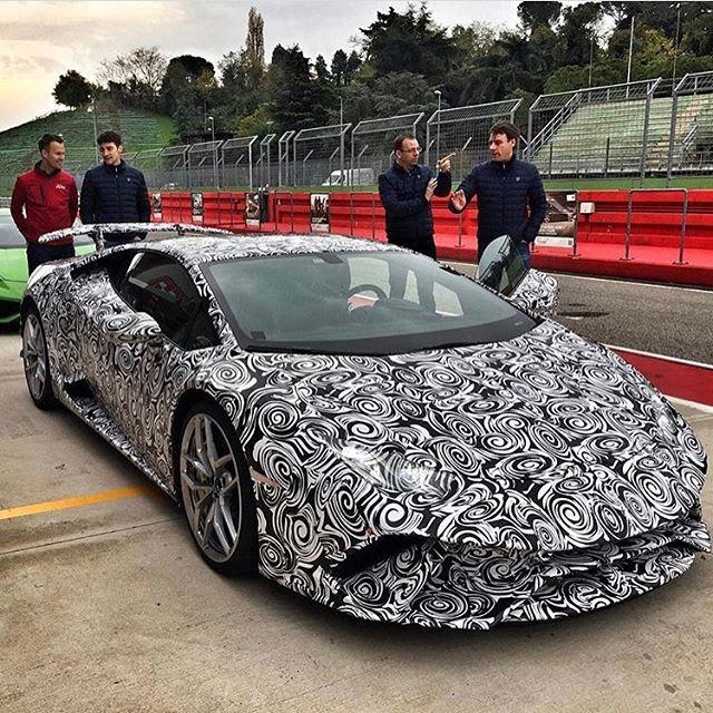 The New Lamborghini Huracan Performante In Testing Camo! Photo Via:  @jonnylieberman Second Page