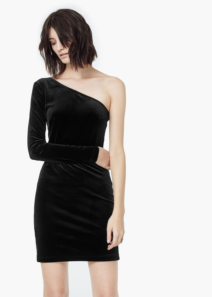 Asymetric velvet dress