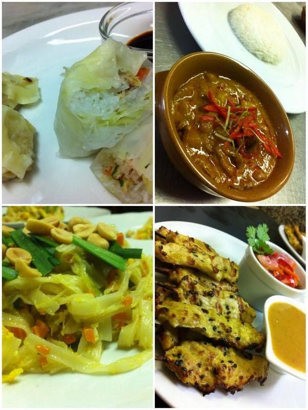 Menù della cena thai: involtini fritti thailandesi serviti con salsa al peperoncino in agrodolce -saccottini al vapore farciti con gamberetti - spiedini di maiale marinati al curry e sesamo serviti con salsa alle arachidi - noudles alla thailandese con gamberi - pesce dell'Adriatico in agrodolce e basilico fritto-zuppa di maiale e bambù con curry rosso thai e latte di cocco -zuppetta di arachidi con gelato al cocco, banana caramellata, mango marinato e tapioca allo zenzero