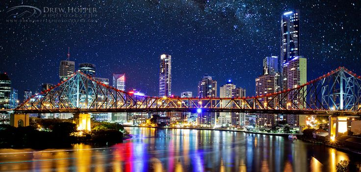 Starry skies over the Story Bridge and #Brisbane City. Pretty!
