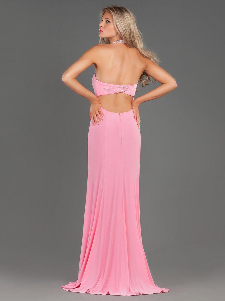 Όμορφο μακρύ βραδινό φόρεμα με κεντημένη λεπτομέρεια στο λαιμό που κολακεύει...  Beautiful Long Evening Jersey Dress with Beaded Neck... http://www.mikael.gr/en/new-collection/90633.html
