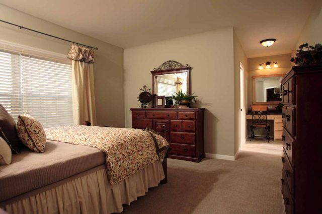 master bedroom wall and carpet color home ideas
