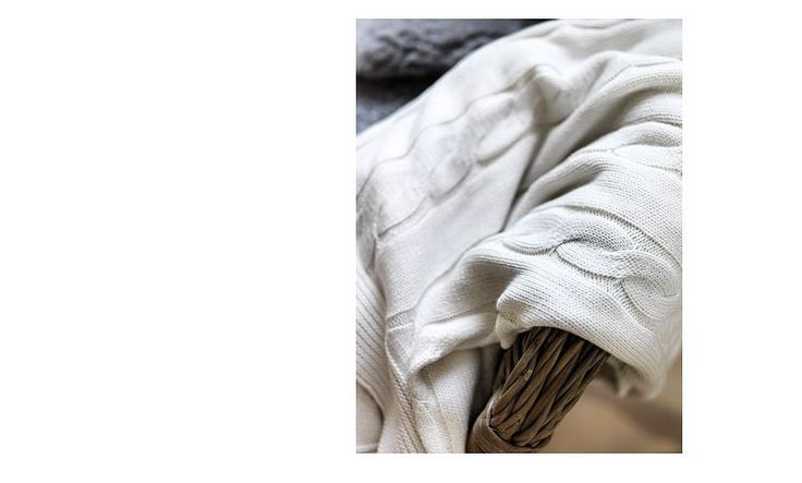 You are bidding forBrand NewIkea Throw Rug blanket bleached off white 120X180CM Assembled size Length: 180 cm Width: 120 cm  Care instructions Machine wash, warm 40°C. Do not bleach. Tumble dry,…