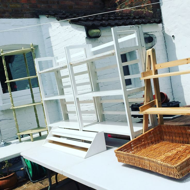 Today is all about practising the structure of the Rosy Rosie shop for next weekends Bedford Park Festival. #popupshop #bedfordparkfestival #greendays #chiswick #ethicalgifts #goodstuffwithgoodstories #rosyrosiedaytoday