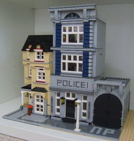 lego police station moc | MOC: modular police station