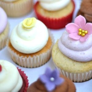 For children's parties, wedding, hen nights, baby showers, afternoon tea parties or just when you want to spoil yourself – cupcakes do the trick every time. And we think the combination of feather-light sponge and decadent buttercream is hard to beat.