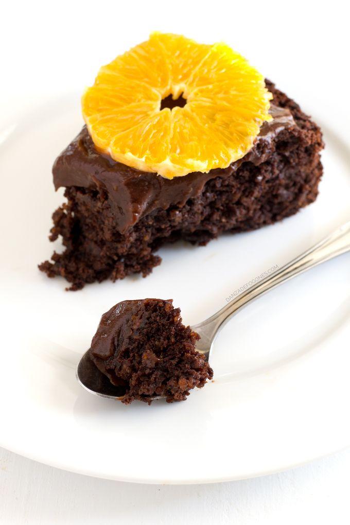deliciosa tarta vegana de chocolate y naranja