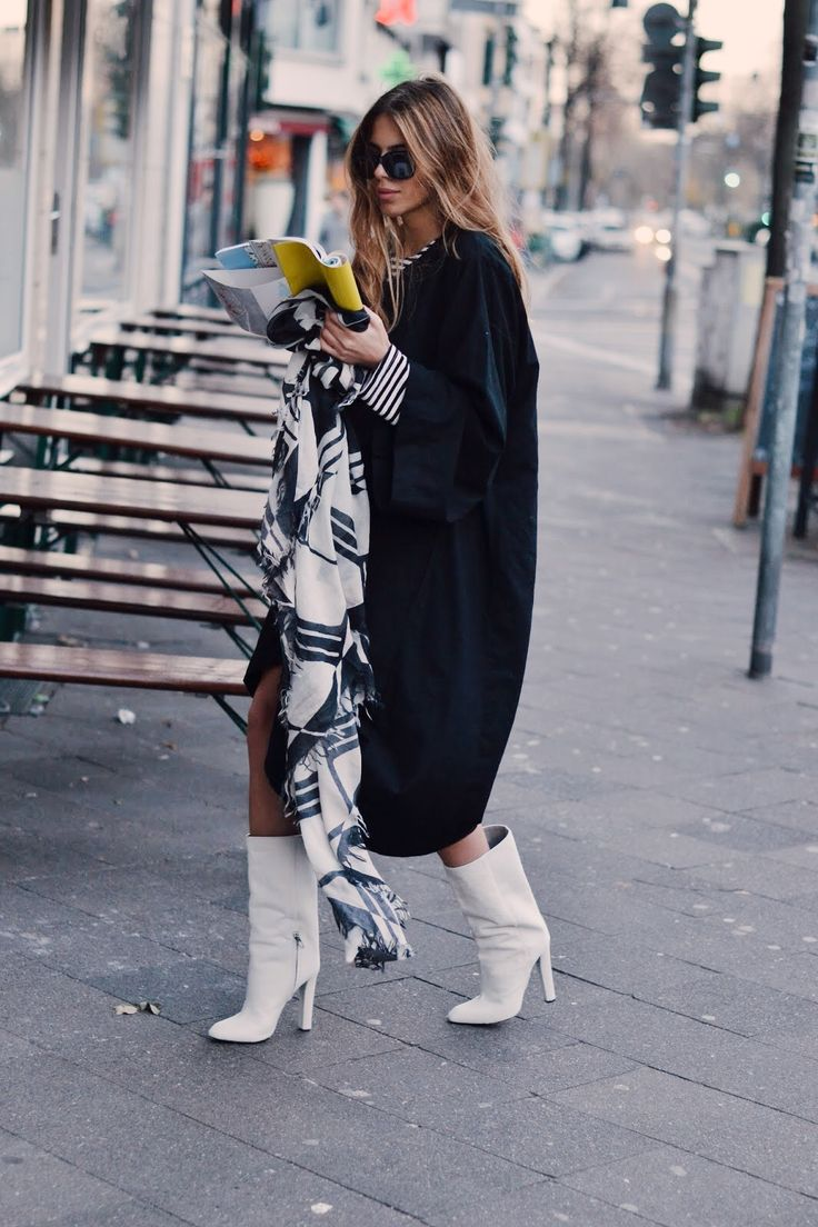 DRESS: VINTAGE . SCARF: ODEEH . BOOTS: ALEXANDER WANG . SHADES: TOM FORD