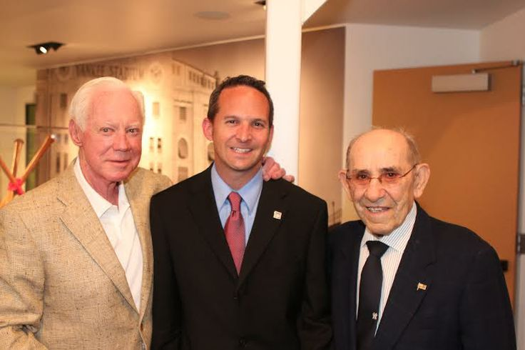 Jeff Idelson, President of the Baseball Hall of Fame (center) with baseball greats Whitey Ford (left) and Yogi Berra (right) http://jerrygladstonesuccessblog.wordpress.com/2014/06/17/jeff-idelson-president-national-baseball-hall-of-fame/