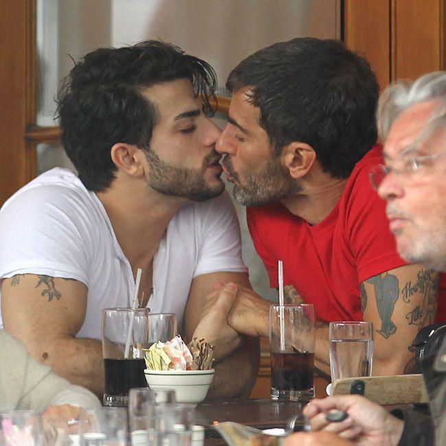gay oral cumshots movies