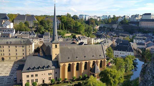 ciudades del mundo 2017: viajar a Luxemburgo #ciudadesdelmundo #ciudad #ciudades #curiosoycreativo #curioso #ciudades2017 #ciudadesmascaras #destinosturisticos #viajar #viajar2017 #viajes #viaje #viaje2017 #mundo2017 #destinos2017 #destinos #vivir #vivir2017 #luxemburgo #luxemburgo2017 #luxembourg #luxembourg2017 #city #travel #travel2017