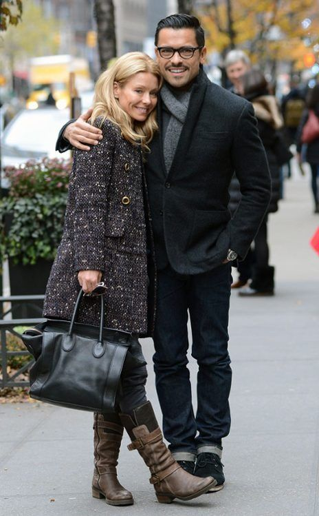 kelly rippa's children   tv host and actress kelly ripa s marriage to sexy spanish soap star ...