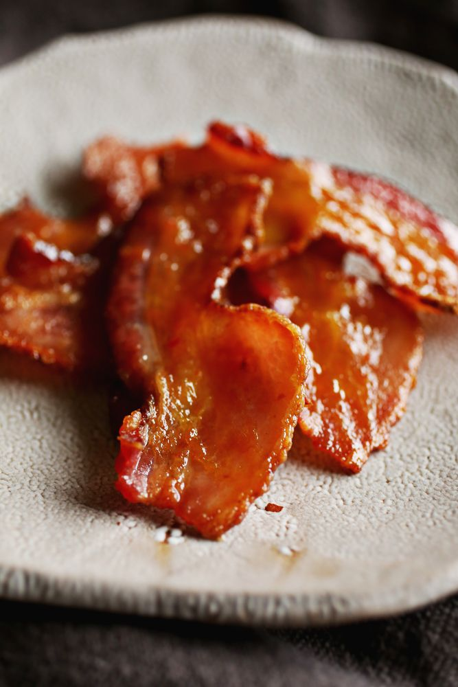 maple candied spicy maple candied bacon bacon appetizer easy appetizer ...