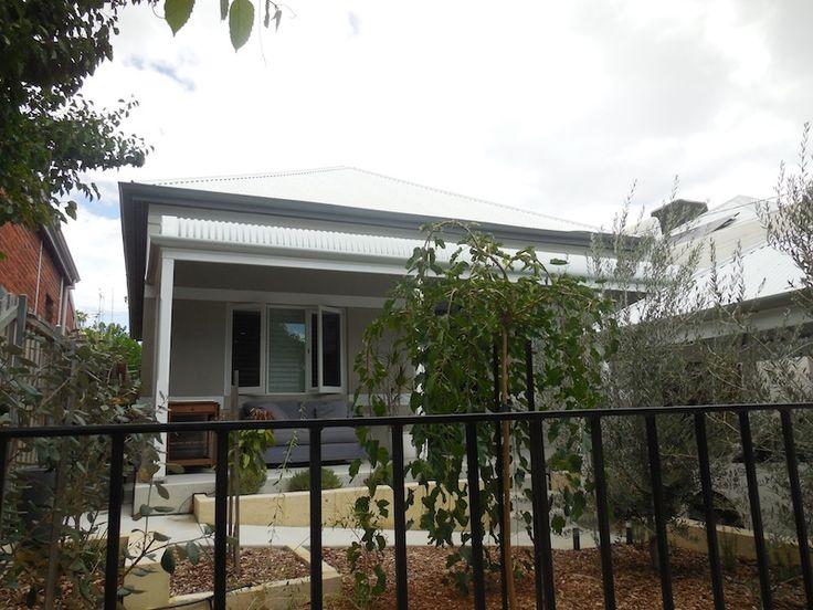 Bull nose veranda by Castlegate Home Improvements Perth