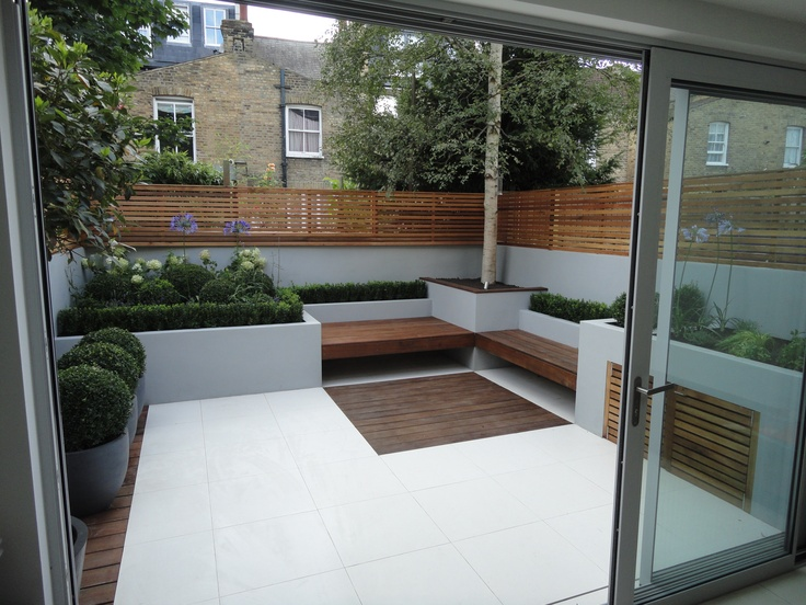 A Fulham garden that flows from inside out.