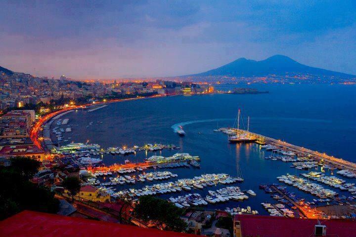 Napoli by night  with Vesuvio <3