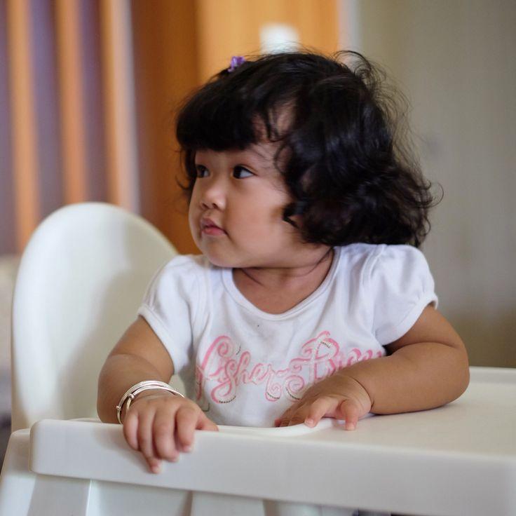 dedek comel #makepotraits #instagram #vsco #vscocam #xt1 #fujifilm_id #familyfirst #discoverindonesia #kerengan #instasunda #livefolk #baby #babies #beautiful #child #funny