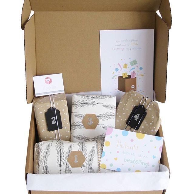•••MIX & MATCH BOX•••we hebben weer nieuwe producten toegevoegd, dus stel nu zelf een box samen voor je eigen kleintje of als kraamcadeau, hartstikke leuk om te geven met een babyshower of tijdens de kraamtijd. En vanaf 3 producten krijg je wel tot 15% korting. • • • #alovelybox #cadeautip #kraamcadeau #babyshower #newborn #kraampakket #kraambox #babymeisje #mamatobe #babycadeau #kraamfeest #zwangerschap #mommytobe #inverwachting #pregnant #monochrome  #expecting #inverwachting #zwangerbox…