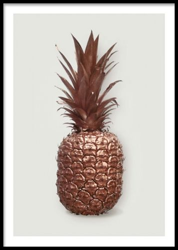 A stylish art print with a pineapple in copper color. A decorative poster that fits very well in an art gallery wall together with our other gold and silver art posters and prints. Or why not match with some of our lovely text posters in black and white for a personal touch. Desenio.co.uk