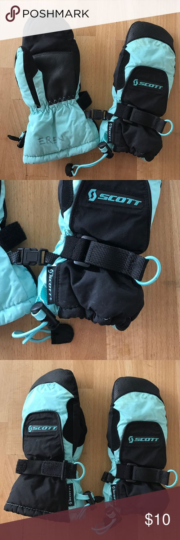 Scott ski / snowboard mittens Only used a couple of times, size S (5) which is good up to age 7-8. Adjustable wrists and buckles to keep them together. My son's name is written inside but not noticeable. Scott Accessories Mittens
