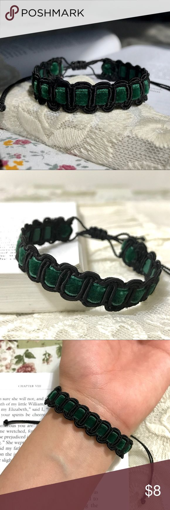 "Victorian Forest Emerald Velvet Woven Bracelet 10% DISCOUNT USING ""ADD TO BUNDLE"" BUTTON ⇨ Get a FREE Bracelet!  •Handmade by me!   •This fancy Victorian look bracelet is made w/ forest green velvet ribbon that runs through a black gimp trim. Finished with a nylon thread closure knot for a secure fit. Lovely vintage style!  •ⓢⓘⓩⓔ: Adjustable knot (fits any size)…"