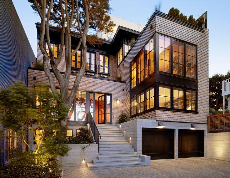 Résidence russe de colline par Charlie Barnett Associates Architects, San …