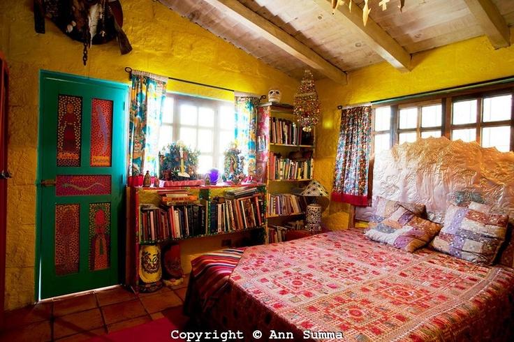 Anado's guest bedroom..my dream room
