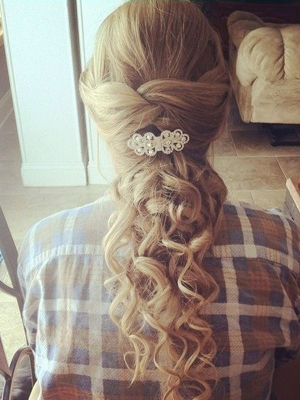bridemaid hair styles 1000 ideas about prom hairstyles on prom 3818