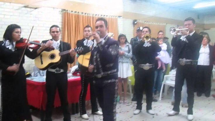 Happy Birthday & En Tu Día - Intro De Serenata De Cumpleaños Por Mariach...