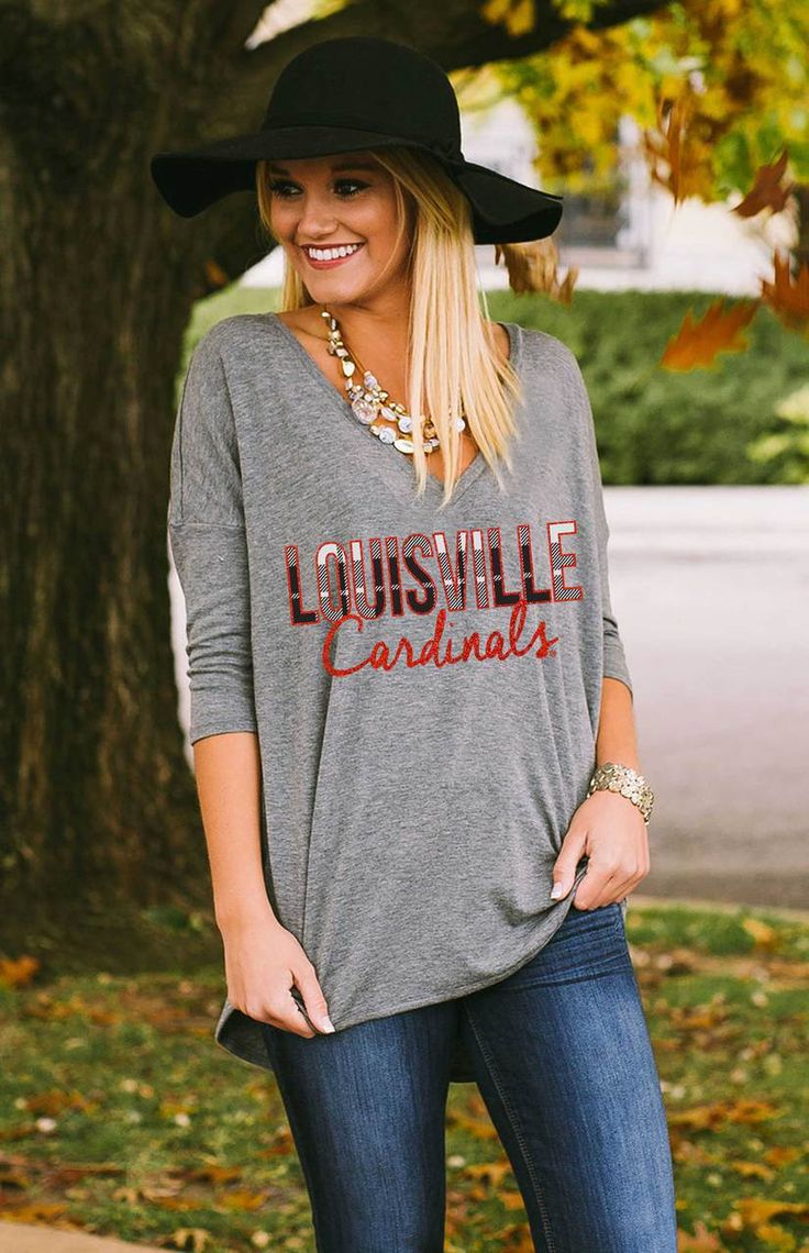 UNIVERSITY OF LOUISVILLE DROPPED HEM V-NECK TEE
