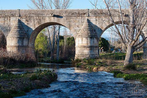 Puente del Retamar área recreativa en las rozas