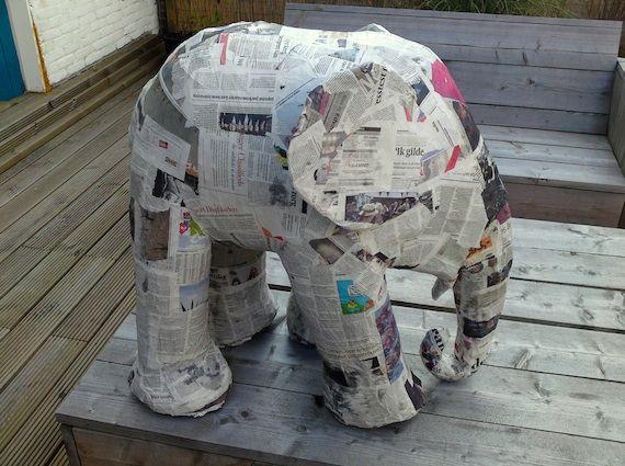 Elefante de papel maché / Paper mache elephant « La Factoría Plástica