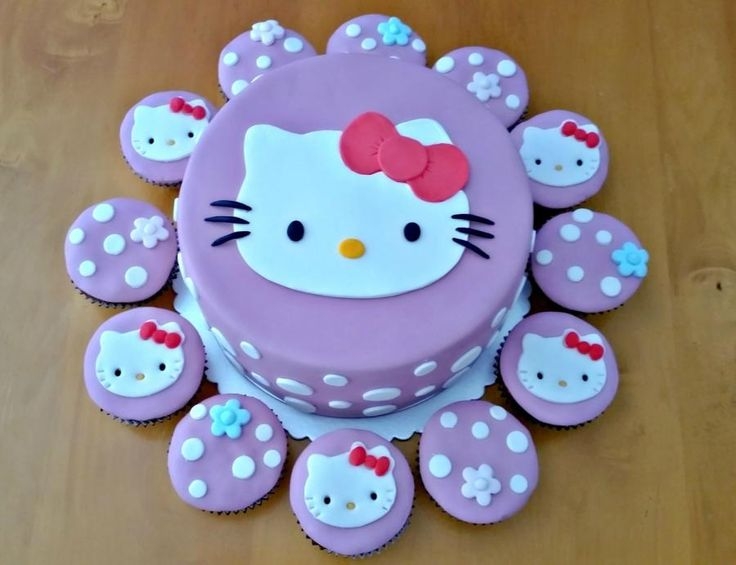 Cake Designs Of Hello Kitty : 140 best Hello Kitty Cakes, Cupcakes and Cake Topers ...