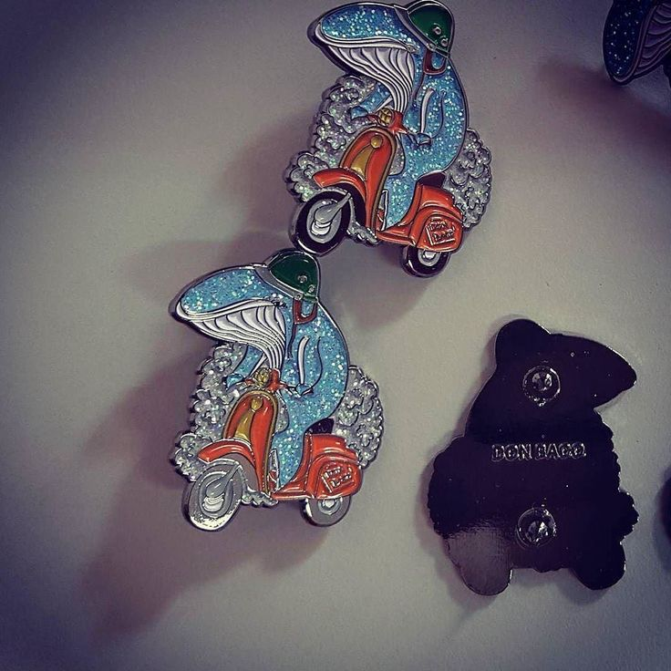 #Repost @donbacoclothing  Whale on scooter! Get our glitter pin in our store!  #whalepin #bluewhale #blauwal #wal #rollerfahren #mopped #mofa #pin #pins #enamelpins #pinoftheday  #pintrade  #pincommunity #pinme #lapelpin #button #anstecker #pinarmy #animalart #funny #cute #cutestuff #prettysweet #instanice #pinoftheday #custompin #handdrawing #ridingscooter    (Posted by https://bbllowwnn.com/) Tap the photo for purchase info. Follow @bbllowwnn on Instagram for more great pins!