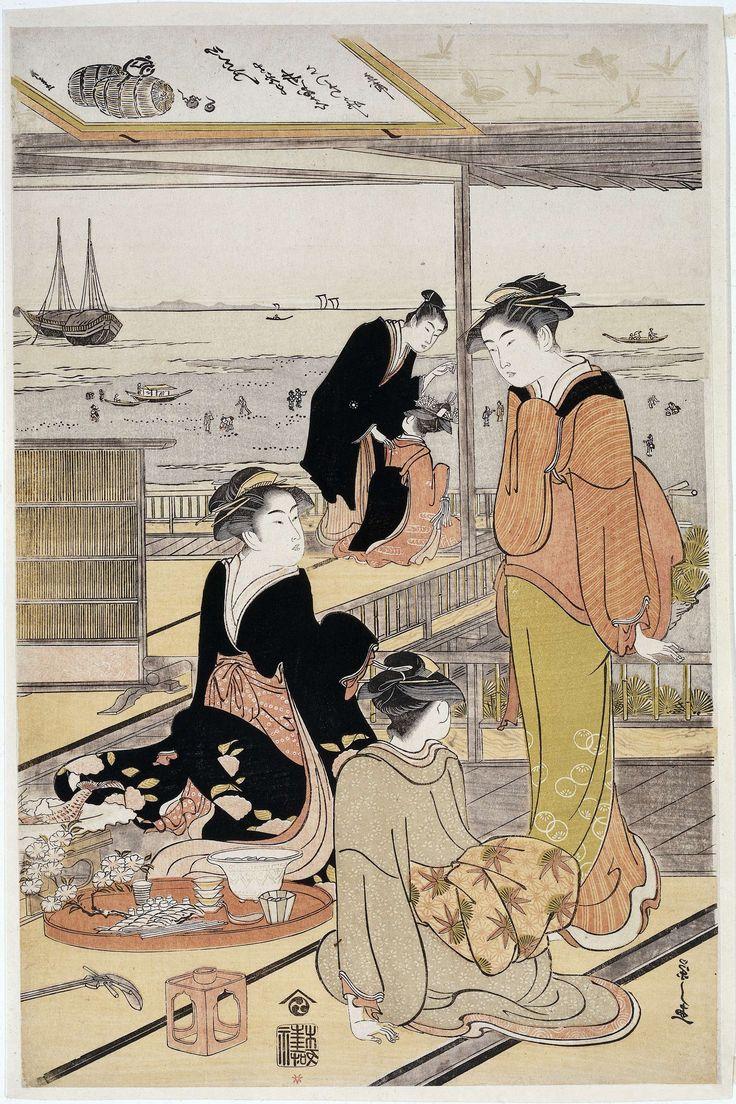Hosoda Eishi | Theehuis aan de Shinagawa baai, Hosoda Eishi, Nishimura Yohachi, c. 1785 - c. 1790 | Twee vrouwen zittend bij schaal met hapjes en kopjes, pratend met staande serveerster; op de achtergrond man in zwarte kimono pratend met kamuro (jongste hulp van een courtisane); uitzicht over de Shinagawa baai en mensen op het strand.