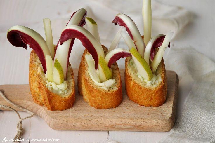 Oggi vi lascio una ricettina veloce e scenografica   un'idea per un finger food   da sfruttare durante le prossime feste             Ingr...